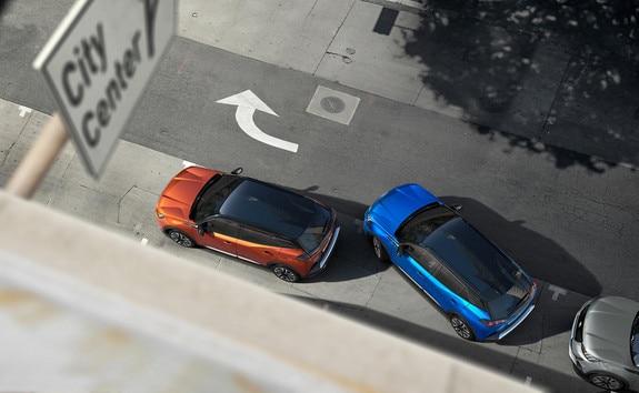 Nouveau SUV PEUGEOT 2008 : technologie Full Park Assist pour faciliter vos manœuvres de stationnement