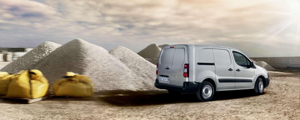 Gamme Peugeot Professionnel - Véhicules transformés
