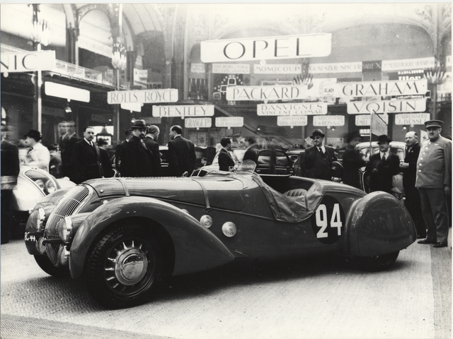 /image/93/2/illus-1938-sport.153456.727932.png